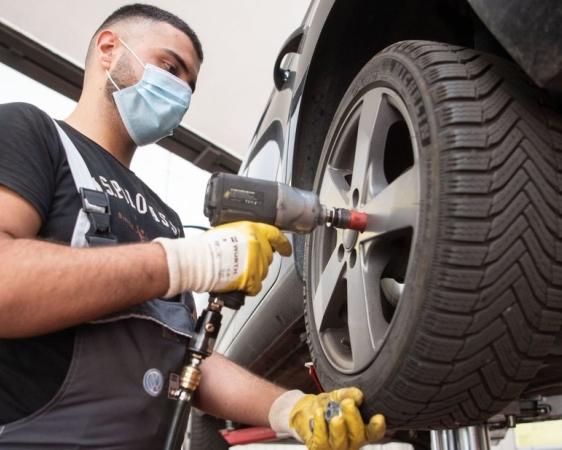 Pager-Rufsystem beim Reifenwechsel
